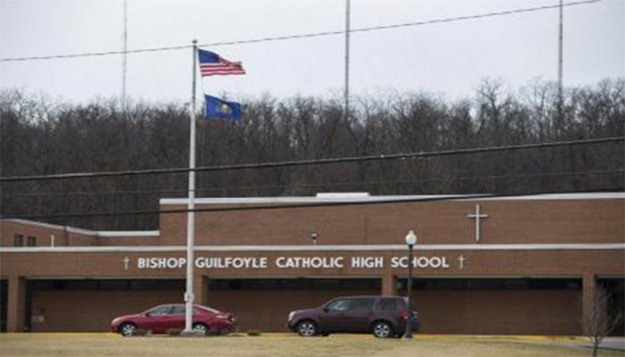 Du Học Mỹ tại trường trung học Bishop Guilfoyle Catholic